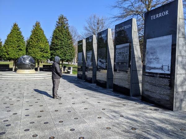 World War II Memorial: Bicentennial Capitol Mall State Park