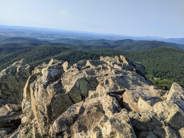 Blue Ridge Parkway Virginia Hikes: Spectacular Views from Humpback Rocks