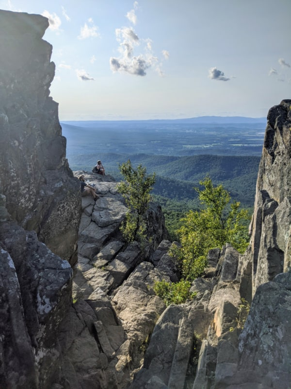 Blue Ridge Parkway Virginia Hikes: The View from Humpback Rocks