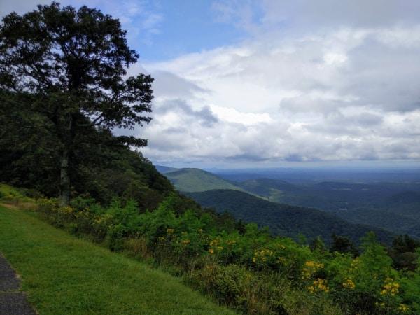 Blue Ridge Parkway Virginia Hikes: Valley views on the Rock Castle Gorge Loop Trail