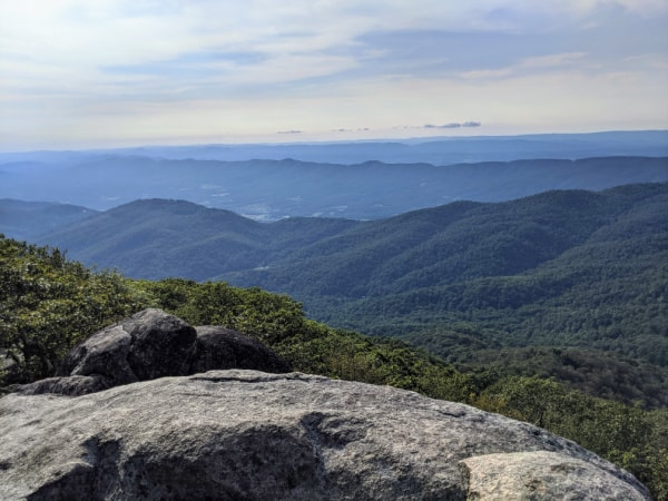 Blue Ridge Parkway Virginia Hikes: Views on top of Buzzards Roost