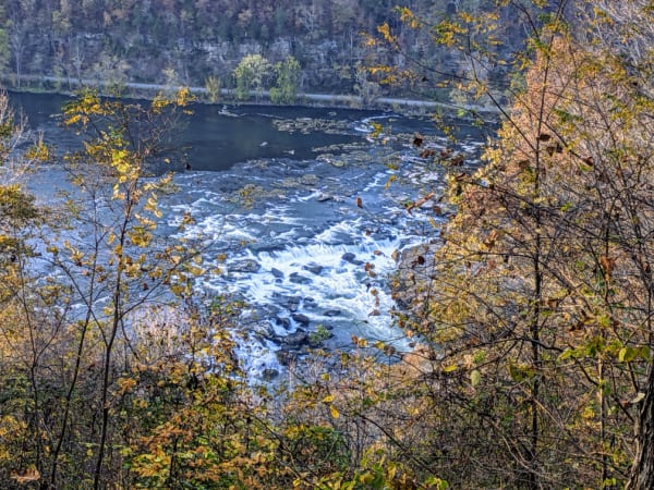 Views of Sandstone Falls from the overlook off Highway 20.