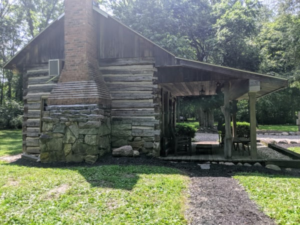 Side view of the cabin in Ohio that we rented using Hipcamp.